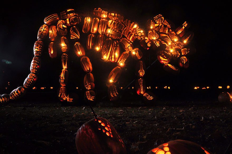 pumpkin-carvings-jack-o-lantern-blaze-1
