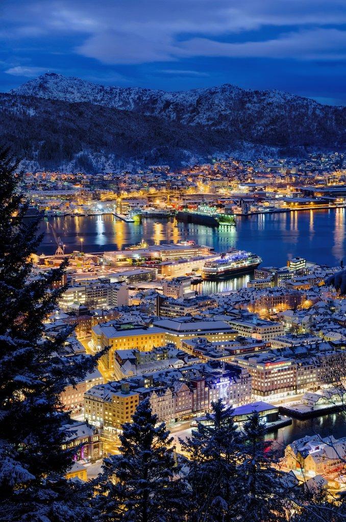 Blue hour in Bergen, Norway (by Worlds In Focus).