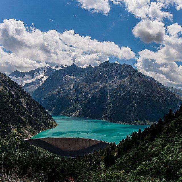 Schlegeis Reservoir in Zillertaler Alps, Austria (by Thomas Richter)