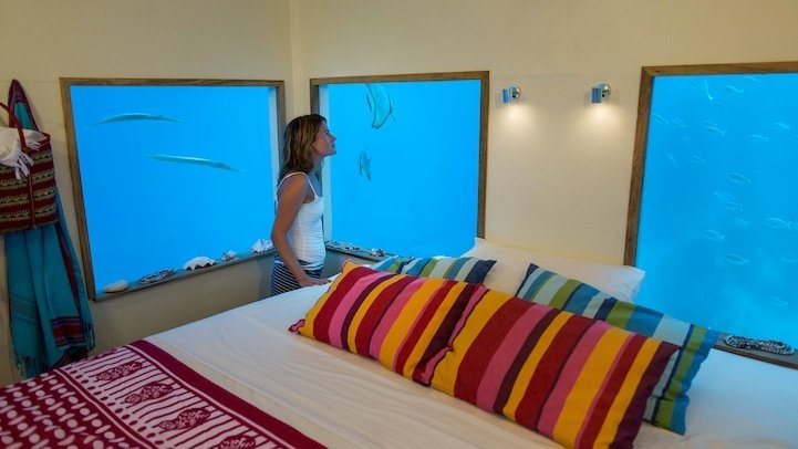 mantaunderwaterroom5