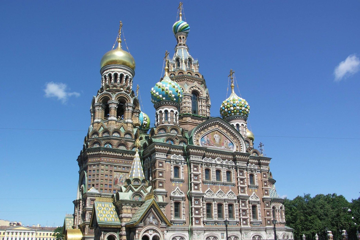 The-church-of-our-savior-on-spilled-blood