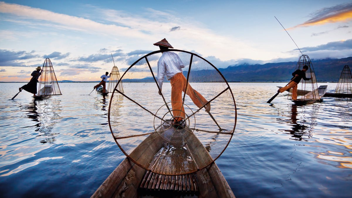 intha-fisherman-dawn