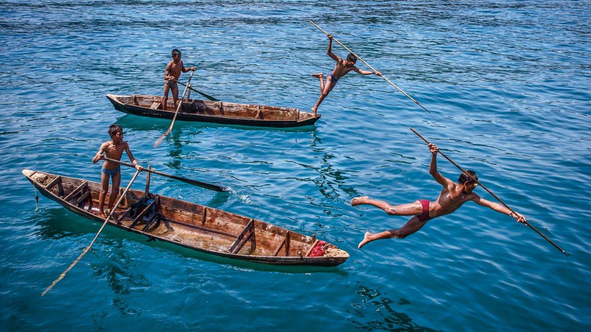 jumping-sea-gypsies