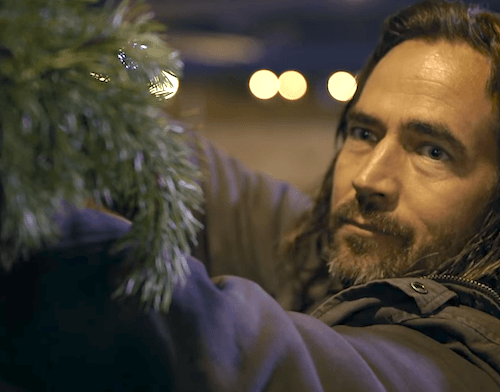 How The Actions Of One Guy Can Change This Homeless Man's Life 1