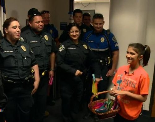 Little Girl Wanders Into a Police Station, and leaves Officers In Tears 1